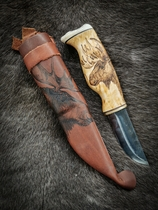 Knife with picture of elk